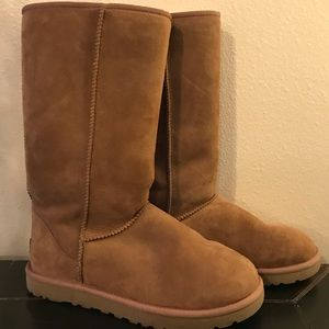UGG boots- Tall